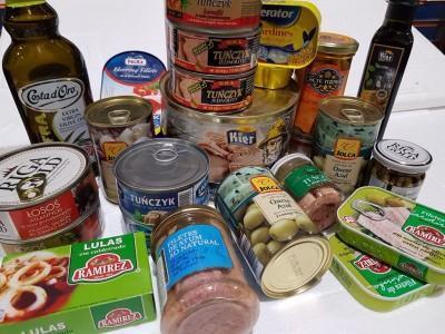 puszki i konserwy spożywcze